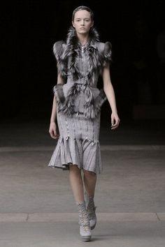 Fall 2011 Paris Fashion Week: Alexander McQueen 2011-03-08 14:28:32 | POPSUGAR Fashion Photo 1