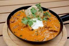 Wiener Eierschwammerlgulasch ist ein Klassiker der österreichischen Küche. Mit diesem Rezept zaubern Sie garantiert ein perfektes Gulasch.