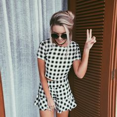 Oversize Vintage Inspired Metal Round Circle Sunglasses shorts, that outfit! Boho Outfits, Neue Outfits, Summer Outfits, School Outfits, Looks Style, My Style, Mode Simple, Look Street Style, Diy Mode