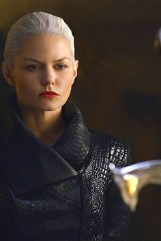 Evil Emma Swan Emma Swan, Ouat, Once Upon A Time, Dark Swan, Disney Time, The Dark One, Queen Outfit, Swan Queen, Colin O'donoghue