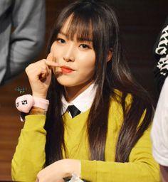 Yuju ♥ Yuna ♥ Gfriend