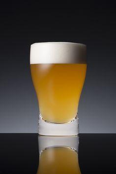 """グラスが導くいつものビールの""""新しい美味さ""""!"""