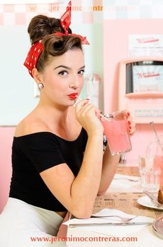 Small Town Girl, Pin Up Girls, Fashion Photo, Lemonade, Portrait Photography, Photoshoot, People, Hair, Beautiful
