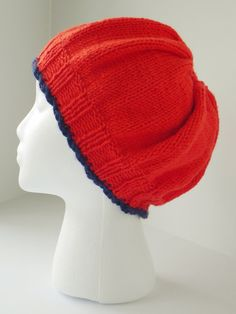 Hand knit coral hat, slouch hat in coral, coral beret