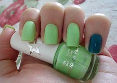 E viva o pastel ácido!! Tendência para o verão 2013 que vai colorir as unhas!!     Esmalte da Semana: Garota de Praia - Planet Girls