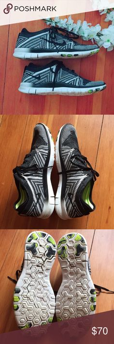Nike Free TR Flyknit 5.0 Size 7.5 EUC Nike Flyknit TR 5.0 Women's 7.5. Bundle and Save 10%!    💖Top Rated Seller & Suggest User ⭐️⭐️⭐️⭐️⭐️ Nike Shoes Sneakers