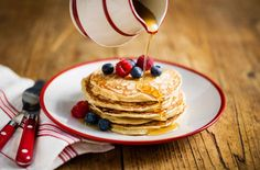 Start the weekend in style with these sumptuous American Pancakes, drizzled in maple syrup.