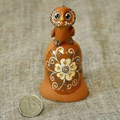 Купить Колокольчик с совушкой. Роспись цветок. - керамика сова, керамика ручной работы, сова, совушка