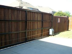 A click & pin photo gallery filled with examples of automatic gate ideas based on recent projects in the North Dallas area of DFW. Driveway Landscaping, Driveway Gate, Fence, Automatic Sliding Gate, Gate Wall Design, Gate Pictures, Outdoor Living, Outdoor Decor, Rear View