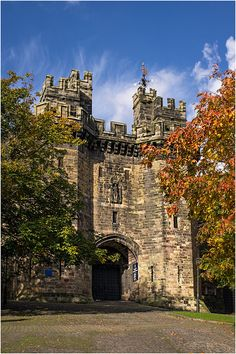 Beautiful photograph of Lancaster Castle by Dave Green, found on Real Photographers Forum. Lancaster Castle used to be a prison but is now open to the public. What a magnificent building! Beautiful Castles, Beautiful Buildings, Beautiful Places, Prison, Lancaster Castle, English Castles, England And Scotland, Great Britain, Places To See