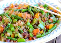 Delicious Veggie Fried Rice This is a delicious... | Delishytown