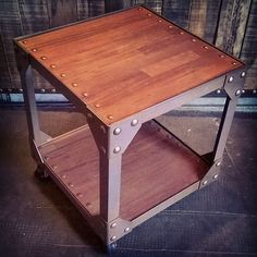 Mesa Zero #artesanosenhierro #industrial #hechoenargentina #vintagestyle #vintageindustrial #fashion #cool #furniture #chic #table #mesa #vintage #Handmade #blacksmith #steampunk #metal #wood #plur