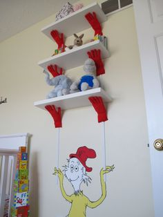 Seuss Nursery - Kindergarten Designs - Dekorationsideen - HGTV Rate My Space ideas for baby boy Dr Seuss Nursery, Nursery Room, Room Themes, Nursery Themes, Nursery Ideas, Baby Motiv, Baby Room Shelves, Kindergarten Design, Baby Olivia