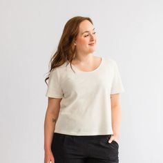 Breathable hemp organic cotton used to make this staple piece in Canada. Dress With Cardigan, Perfect Wardrobe, Draped Fabric, Tall Women, Staple Pieces, Capsule Wardrobe, Sustainable Fashion, Organic Cotton, Tees