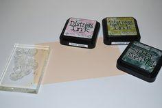 Descubriendo el scrap: Técnicas-retos semanales: Crear papel de fondo con tintas distress y sellos