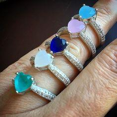 Escolha sua cor ❤️Preços via Whats 19 99939.6058 e DIRECT Enviamos para todo Brasil em até 24 horas Aceitamos todos cartões depósito, transferência e boleto Atendimento Seg-Sexta das 9AM-5PM #atacado #semijoiasdeluxo #semijoias #fashionjewelry #joias #anel #brinco #colar #pingente #pulseira #pulseirismo #marjoriejoias #promocao#rubileitoso#brincofesta#turquesa#navetes