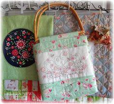 Jenny of ELEFANTZ: TUTORIAL - let's make a Rosedaisy Bag!