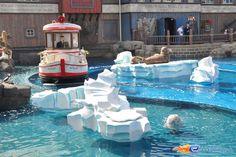 3/14 | Photo de l'attraction Whale Adventures Splash Tour située à @Europa-Park (Rust) (Allemagne). Plus d'information sur notre site http://www.e-coasters.com !! Tous les meilleurs Parcs d'Attractions sur un seul site web !!