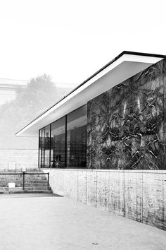 barcelona. Ludwig Mies van der Rohe