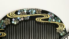 Japanese comb with mother-of-pearl inlays (2)