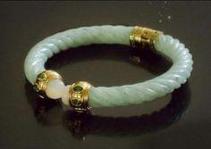 Jade Jewelry, Jewlery, Hand Chain, Chinese Art, Buddha, Dior, Carving, Pearls, Lifestyle