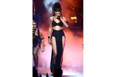 Rihanna Performing At American Idol Finale