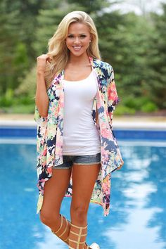 Aloha Dreams Kimono--Save 10% using REPCHRISTY with free shipping.