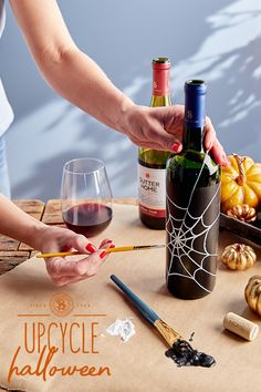 Conjure your creative side and get witch-crafty with upcycled Sutter Home wine bottles. They're scary easy—and wickedly fun. Wine Bottle Art, Wine Bottle Crafts, Wine Bottles, Wine Tasting Outfit, Wine Tasting Party, Wine Rack Wall, Wine Wall, Wine Drinks, Alcoholic Drinks