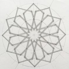 I love this stage of a design Geometric Shapes Art, Geometric Star, Geometric Drawing, Geometric Designs, Geometric Patterns, Symmetry Design, Symmetry Art, Islamic Art Pattern, Pattern Art
