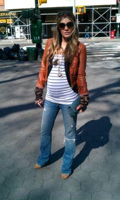 Stylish Maternity Bloggers Inpsire Pregnancy Fashion