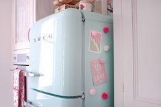 Imãs de geladeira de pompons