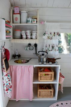 Playhouse kitchen Wooden Outdoor Playhouse, Playhouse Decor, Modern Playhouse, Backyard Playhouse, Cubby Houses, Play Houses, Self Build Houses, Play Kitchen Sets, Wendy House
