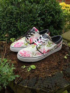 Custom Floral Nike SB Janoski by Littleblacksky on Etsy