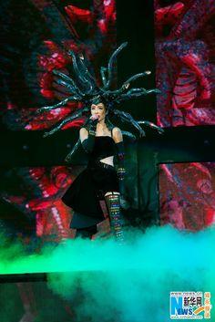 Taiwan singer Jolin Tsai performs during her final concert in Taipei, Taiwan, 8 November 2015.  http://www.chinaentertainmentnews.com/2015/11/jolin-tsai-finishes-final-taipei-show.html