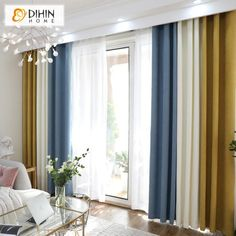 All that glitters is not gold … but nothing like gold to awaken a decoration. Home Curtains, Modern Curtains, Colorful Curtains, Curtains With Blinds, Window Curtains, Classy Living Room, Living Room Modern, Home Living Room, Colourful Living Room