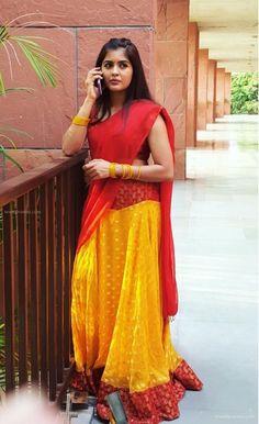 Tamil Actress Amritha Aiyer Latest stills. Dads Little Girl, Actress Priya, Tamil Actress, Desi Girl Selfie, Girls Gallery, Half Saree, Indian Beauty Saree, Photo Wallpaper, Beautiful Indian Actress