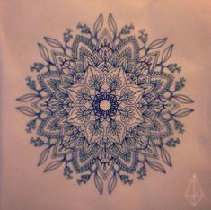 60 Mandala Tattoo Designs (part Ring Finger Tattoos, Foot Tattoos, Arm Tattoo, Trendy Tattoos, New Tattoos, Tattoos For Guys, Tatoos, Mandala Feather, Flower Mandala