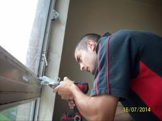 Vijay Mistry an apprentice carpenter fixing windows & improving homes for @rugbybc tenants
