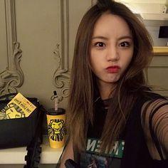 Nayeon Bias Wrecker Girl's Day Hyeri, Lee Hyeri, Korean Bands, Some Girls, Girl Day, Korean Actors, Korean Idols, Nayeon, Actors & Actresses