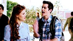STILES & LYDIA I don't watch this tv show (Im trying to watch ittttttt) but they look so cute together!!!