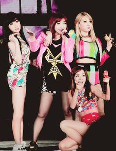 Park Bom, Minzy, CL, Dara (2NE1)