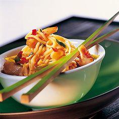 Gebratene asiatische Nudeln Rezept | Küchengötter
