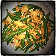 French-Cut Green Beans with Almonds & Fried Onions! Bean Recipes, Side Dish Recipes, Veggie Recipes, Appetizer Recipes, Vegetarian Recipes, Dinner Recipes, Cooking Recipes, Appetizers, Quick Easy Healthy Meals