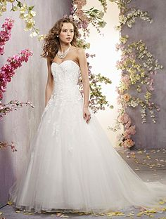 Alfred Angelo Bridal Style 2419 from Full Collection