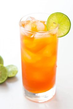 This refreshing Thai Lemon Iced Tea is naturally sweetened with honey. It is perfect to serve on hot summer days or alongside spicy homemade Thai food. Lemon Iced Tea Recipe, Ice Lemon Tea, Iced Tea Recipes, Thai Recipes, Real Food Recipes, Coffee Recipes, Homemade Iced Tea, Ginger Smoothie, Thai Tea