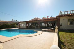 LUXURY VILLA LOCATED IN A NICE AND CENTRAL AREA OF ALBIR.