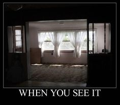 Look in the wall by the door it's hidden in the shadow. Don't see it? Tap it and then zoom in. If you still can't see it try saving it and turning up the brightness.