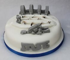 Battle for Hoth birthday cake - creative cake genius.