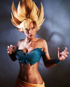 I`m pretty sure Goku didn`t have a bra.so this cosplay is inaccuarate. I demand a proper cosplay costume from her. The wig is nice though. Cosplay Anime, Cosplay Do Goku, Epic Cosplay, Cute Cosplay, Amazing Cosplay, Cosplay Outfits, Cosplay Girls, Female Cosplay, Moda Femenina