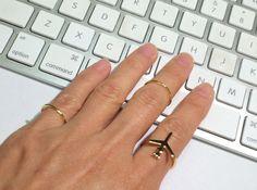 Flugzeug Gold Ring Goldring Stack Ring dünnen von OliveGems auf Etsy